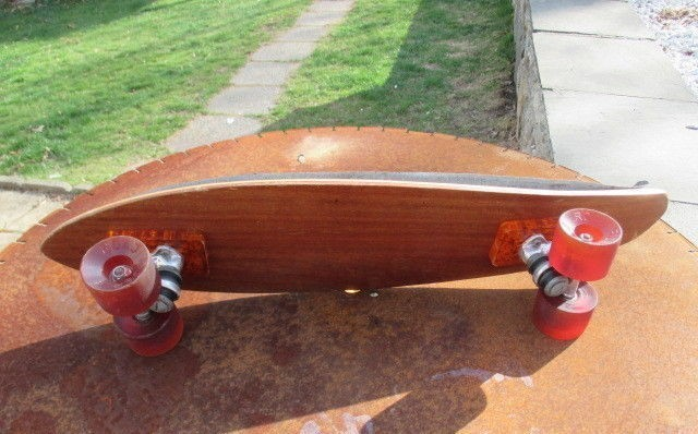 Vintage-1970s-Board-Road-Rider-Wheels-Orange-Risers-_57.jpg