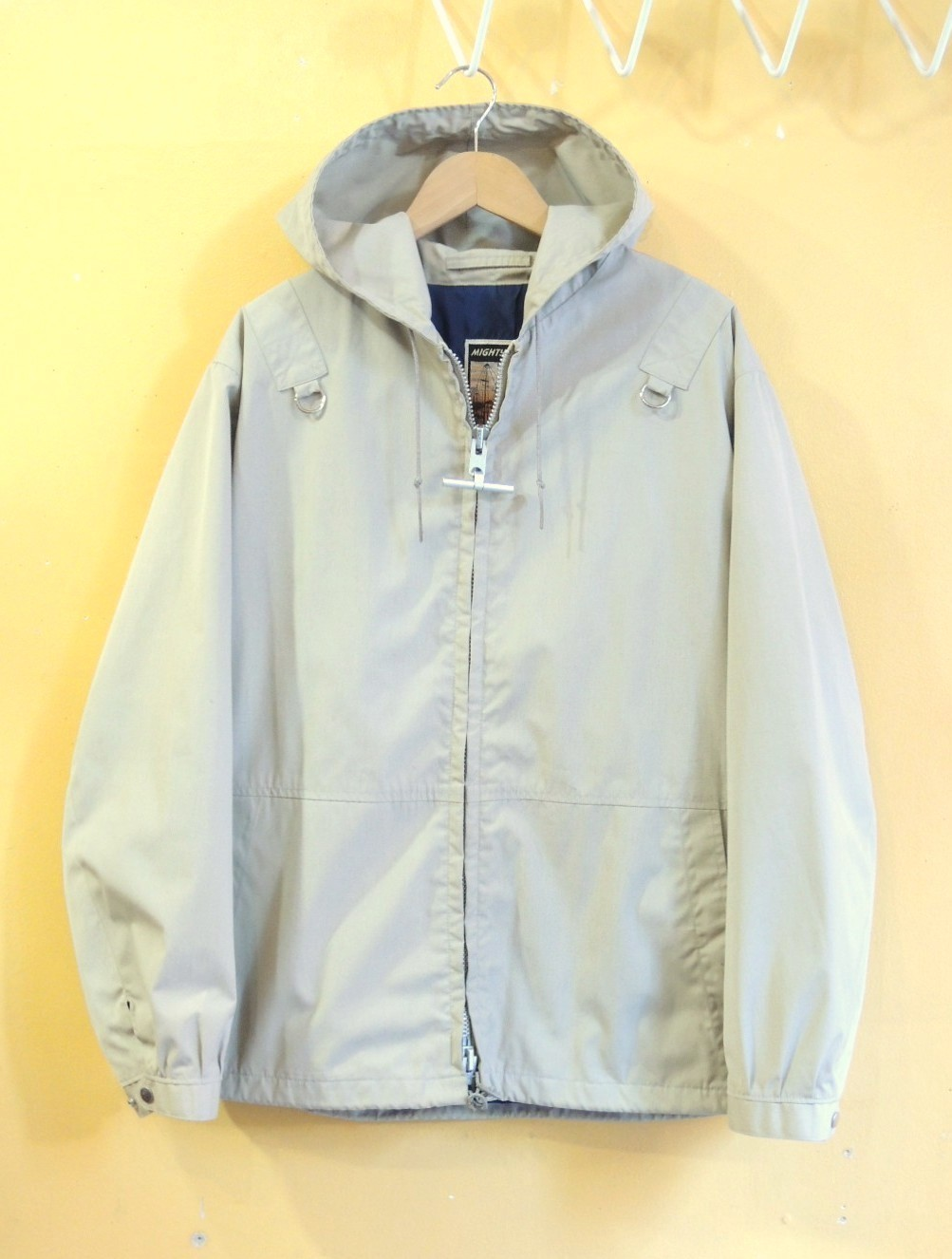 mightymacarodeckparka011.JPG