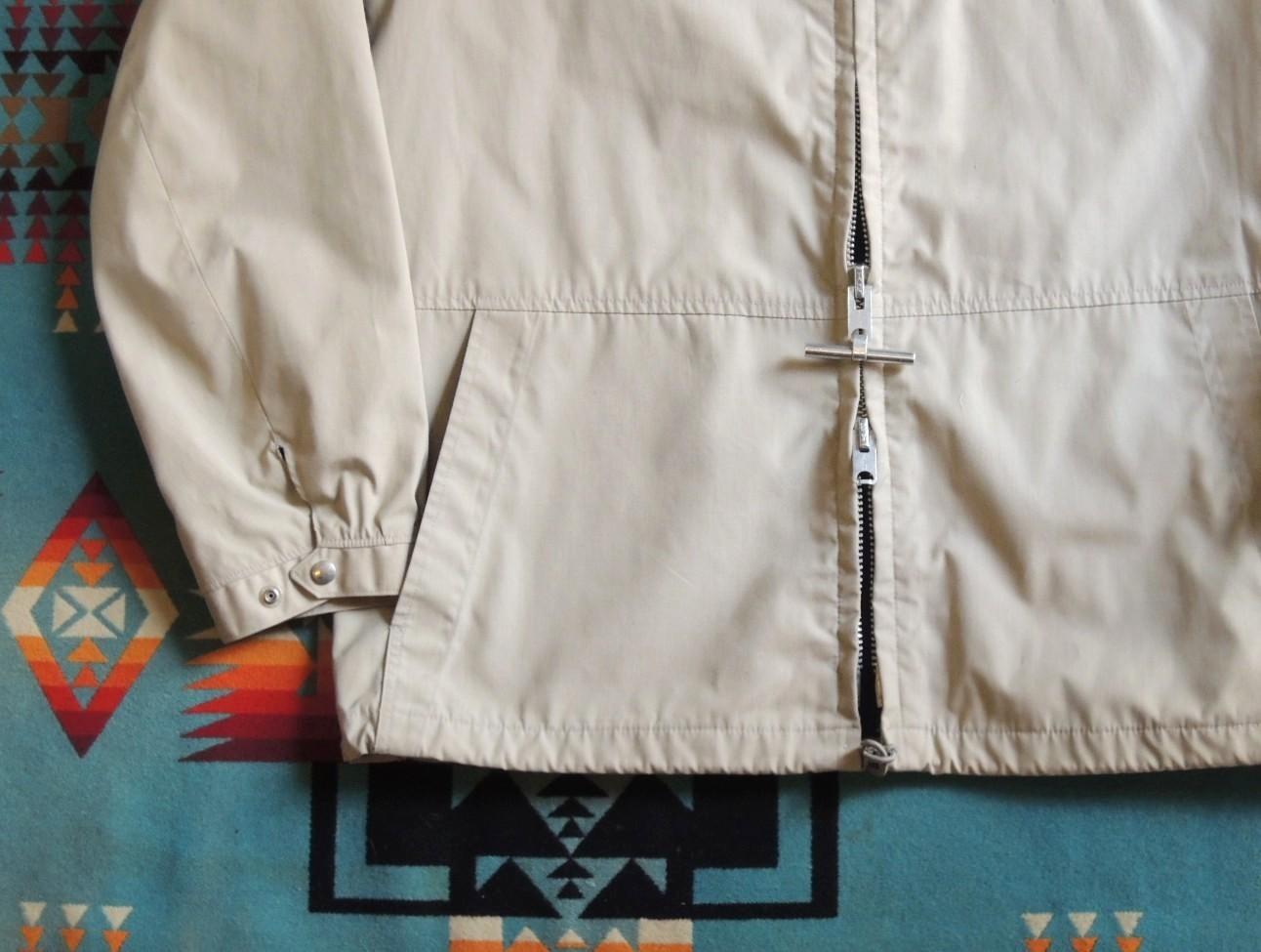 mightymacarodeckparka08.JPG